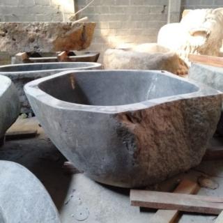 Ванна из речного камня размер XXXL